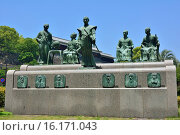 Купить «Japan, Kyushu, Kumamoto Prefecture, Kumamoto, Statues at Takahashi Park.», фото № 16171043, снято 20 марта 2019 г. (c) age Fotostock / Фотобанк Лори