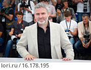 Stephane Briz - Cannes/France/France - 68TH CANNES FILM FESTIVAL - PHOTO CALL THE MEASURE OF MAN (2015 год). Редакционное фото, фотограф Visual/SLF/PicturePerfect / age Fotostock / Фотобанк Лори
