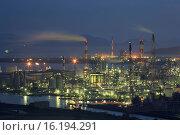Купить «Japan, Sanyo Region, Okayama Prefecture, Kurashiki-shi, View of Mizushima industrial area at night.», фото № 16194291, снято 19 февраля 2019 г. (c) age Fotostock / Фотобанк Лори
