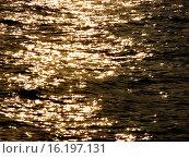 Солнечные блики на воде. Стоковое фото, фотограф Пушкина Ольга / Фотобанк Лори