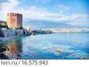 Кызыл Куле - Красная башня, символ курортного города Аланья в Турции (2012 год). Стоковое фото, фотограф Павел С. / Фотобанк Лори
