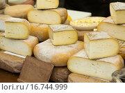 Купить «different cheese», фото № 16744999, снято 15 октября 2018 г. (c) Яков Филимонов / Фотобанк Лори