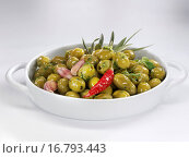 Купить «Marinated green olives with herbs, garlic and chilli», фото № 16793443, снято 17 июня 2019 г. (c) easy Fotostock / Фотобанк Лори