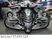"""Купить «Автомобиль PT Cruiser, тюнинг в стиле фильма """"Alien"""" на авто-выставке в Санкт-Петербурге. Россия.», фото № 17015123, снято 5 апреля 2006 г. (c) Владимир Григорьев / Фотобанк Лори"""