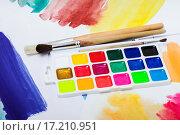 Купить «Новые акварельные краски», фото № 17210951, снято 4 декабря 2015 г. (c) Алёшина Оксана / Фотобанк Лори