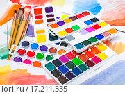 Купить «Новые акварельные краски», фото № 17211335, снято 4 декабря 2015 г. (c) Алёшина Оксана / Фотобанк Лори