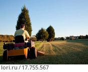 Купить «Senior mowing lawn», фото № 17755567, снято 18 февраля 2018 г. (c) easy Fotostock / Фотобанк Лори