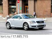 Купить «Audi TT», фото № 17885715, снято 2 июня 2013 г. (c) Art Konovalov / Фотобанк Лори