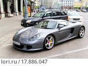 Купить «Porsche 980 Carrera GT», фото № 17886047, снято 2 июня 2013 г. (c) Art Konovalov / Фотобанк Лори