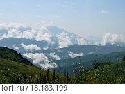 Горы в облаках. Стоковое фото, фотограф Евгения Празднова / Фотобанк Лори