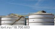 Купить «tanks», фото № 18700603, снято 20 сентября 2019 г. (c) easy Fotostock / Фотобанк Лори