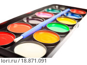 Купить «Close up of watercolor palette isolated on white background.», фото № 18871091, снято 18 февраля 2020 г. (c) easy Fotostock / Фотобанк Лори