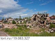 Купить «Разрушенные исторические здания. Выборг», фото № 19083327, снято 27 июня 2015 г. (c) Victoria Demidova / Фотобанк Лори