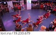 """Купить «Танцевальный фестиваль  """"Dance Star Festival""""», видеоролик № 19233679, снято 6 декабря 2015 г. (c) Серёга / Фотобанк Лори"""
