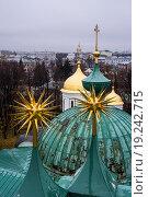 Купола в Ярославском кремле (2014 год). Редакционное фото, фотограф Александр Громов / Фотобанк Лори
