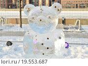 Купить «Выставка ледяных скульптур на Крымской набережной в Москве», эксклюзивное фото № 19553687, снято 7 января 2016 г. (c) lana1501 / Фотобанк Лори