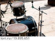 Купить «Black drum kit», фото № 19895651, снято 20 июня 2019 г. (c) easy Fotostock / Фотобанк Лори