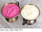 Купить «Тертый белый и розовый хрен», фото № 20718711, снято 6 декабря 2015 г. (c) Леонид Штандель / Фотобанк Лори