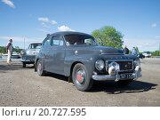 """Купить «""""Volvo 544 B18"""" на параде-слете  ретроавтомобилей в Керимяки. Финляндия», фото № 20727595, снято 6 июня 2015 г. (c) Виктор Карасев / Фотобанк Лори"""