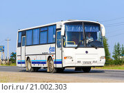 Купить «PAZ 4230 Avrora», фото № 21002303, снято 18 июля 2013 г. (c) Art Konovalov / Фотобанк Лори