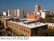 Купить «Hotel Virginia & the Security Bank Building,Downtown Fresno, California.», фото № 21012527, снято 22 октября 2009 г. (c) age Fotostock / Фотобанк Лори