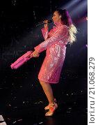 Купить «Leona Lewis performs live at G-A-Y Featuring: Leona Lewis Where: London, United Kingdom When: 13 Jun 2015 Credit: Chris Jepson/WENN.com», фото № 21068279, снято 13 июня 2015 г. (c) age Fotostock / Фотобанк Лори