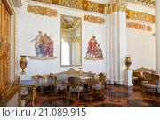 Купить «State Russian Museum, the interior of the white column hall, St. Petersburg», фото № 21089915, снято 11 июля 2015 г. (c) Наталья Волкова / Фотобанк Лори