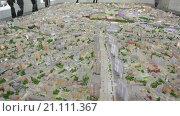 Купить «Город Москва с птичьего полета на интерактивном макете в павильоне №75, ВДНХ», видеоролик № 21111367, снято 22 января 2016 г. (c) Кекяляйнен Андрей / Фотобанк Лори