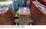 Строительство жилого района, Москва. Съемка с квадрокоптера (2015 год). Стоковое видео, видеограф Сергей Полетаев / Фотобанк Лори