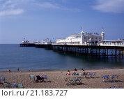 Купить «Brighton, Royal Pier/Ansicht von Norden», фото № 21183727, снято 20 января 2020 г. (c) age Fotostock / Фотобанк Лори