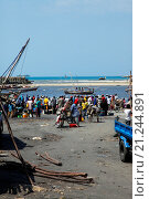 Купить «Рыбный рынок. Занзибар», фото № 21244891, снято 30 декабря 2015 г. (c) Морозова Татьяна / Фотобанк Лори