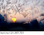 Купить «Морозный узор на зимнем окне», фото № 21397751, снято 24 января 2016 г. (c) ElenArt / Фотобанк Лори