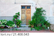 Italy Liguria - Village La Serra - Door and Flowers. Стоковое фото, фотограф Chmura Frank / age Fotostock / Фотобанк Лори