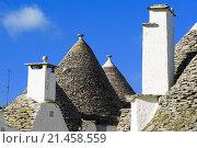 Трулли - традиционная каменная крыша дома в Альберобелло, Италия (2012 год). Стоковое фото, фотограф Павел С. / Фотобанк Лори