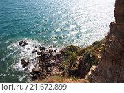 Мощный морской прибой, скалы, обрыв, мыс Калиакра, Болгария. Стоковое фото, фотограф Артем Кашканов / Фотобанк Лори