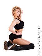 Купить «Dancing young woman in a black clothes», фото № 21673015, снято 24 января 2016 г. (c) Art Konovalov / Фотобанк Лори
