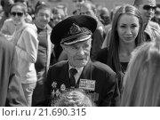 Ветеран войны, праздник Победы (2015 год). Редакционное фото, фотограф Дмитрий Витушкин / Фотобанк Лори