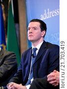 Купить «British Chancellor of the Exchequer George Osborne during the meeting Italy and the UK addressing global challenges in a reformed EU, organizated by Aspen Insititute Italy, Rome, ITALY-03-02-2016.», фото № 21703419, снято 3 февраля 2016 г. (c) age Fotostock / Фотобанк Лори