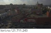 Купить «Вид на Таганскую площадь и Садовое Кольцо с дрона. RAW», видеоролик № 21711243, снято 5 августа 2020 г. (c) kinocopter / Фотобанк Лори