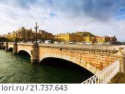 Купить «Santa Catalina bridge over Urumea. Sant Sebastian», фото № 21737643, снято 7 ноября 2014 г. (c) Яков Филимонов / Фотобанк Лори