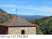 Сооружение в Пиренеях. Стоковое фото, фотограф Adil  Diketaev / Фотобанк Лори