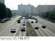 Berlin, Germany, cars on highway B1/B5 Alt-Friedrichsfelde (2009 год). Редакционное фото, агентство Caro Photoagency / Фотобанк Лори