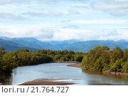 Вид на реку Камчатка. Стоковое фото, фотограф Дмитрий Шульгин / Фотобанк Лори