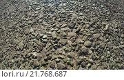 Купить «Дорожное покрытие с камнями», видеоролик № 21768687, снято 10 апреля 2015 г. (c) Потийко Сергей / Фотобанк Лори