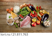 Купить «Balanced diet, cooking and healthy food concept on wooden table.», фото № 21811763, снято 20 января 2016 г. (c) Tatjana Baibakova / Фотобанк Лори