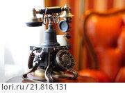 Старый телефон. Стоковое фото, фотограф Владимир Бектышев / Фотобанк Лори