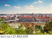 Купить «Top view of Prague on a bright Sunny day, Czech Republic», фото № 21863039, снято 7 сентября 2014 г. (c) Наталья Волкова / Фотобанк Лори