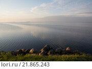Купить «Водная гладь Псковского озера», фото № 21865243, снято 23 августа 2015 г. (c) Лада Иванова / Фотобанк Лори