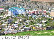 Купить «Вид на Курортный город Судак в горах Крыма», фото № 21894343, снято 5 мая 2010 г. (c) Parmenov Pavel / Фотобанк Лори