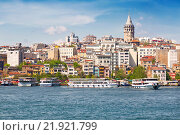 Купить «Tourist ship near Galata Bridge  in Istanbul, Turkey», фото № 21921799, снято 12 мая 2015 г. (c) Наталья Волкова / Фотобанк Лори